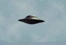 I want to believe ~ UFO's / The truth is out there. / by Di Hernandez