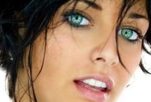 Makeup/Beauty Tips  / by Wanda Parsons