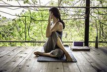 move your ass to your vocation / in beweging zijn en blijven, letterlijk en figuurlijk. yoga, emoties, verlangens.