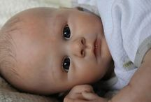 Reborn Dolls To Coo Over / by Liz Kuchel