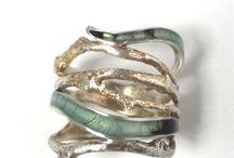 Jewelry • Accessories