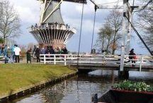 Holanda / Pins de viagem com destino Holanda e cidades como Amsterdam, Noordwijk, Kinderdijk, Berkel-Enschot, Venlo e Lisse e o famoso jardim de tulipas Keukenhof.