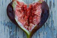 Gewenst groen / Planten welke we in de toekomst maar al te graag in ons groen zien groeien en bloeien. Makkelijk te onderhouden, groenblijvers, met bloemen graag, smaakmakers die een lekkere bijdrage opleveren voor een gezonde maaltijd (kruiden, noten, vruchten, groente).