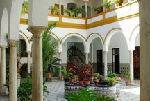 Moroccan Vibes / Moroccan luxury riads & more