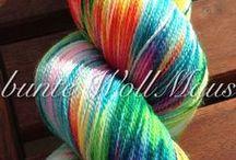 bunte WollMaus / Handgefärbter Wolle
