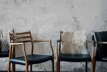 Sit down, please / chaise, fauteuil, chair