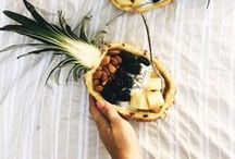 PINEAPPLE / A pineapple a day keeps the doctor away #fruit