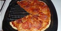 Pizza , slané pečivo , chléb , chuťovky