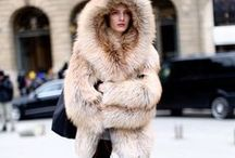 Fur / FLUFFY CLOTHES ARE TRENDY