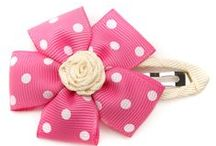Sewing Accessories / Sewing tutorials, patterns and inspiration for the cutest hats, scarves and hair accessories - hair clips, ribbons, headbands and bows. Sharing the best sewing tutorials, patterns and inspiration.