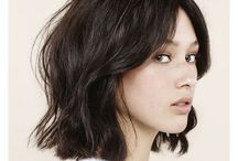 Mid-length & bob styles / A blend of short, sharp graduated bobs to sleek and wavy mid length styles.