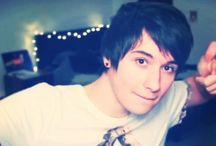 Youtubers / HEY GUYS !!! I'M A HUGE YOUTUBE FAN. I WATCH THEM ALL THE TIME AND FANGIRL 24/7