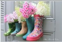 Old Boots Garden / Believe me, old boots are incredible pot plants to your flowers!