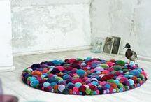 DIY-Felt Ball/PomPom Rugs
