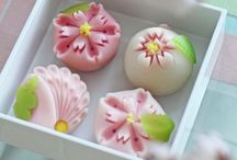Wagashi 和菓子 / Japanese desserts and sweets