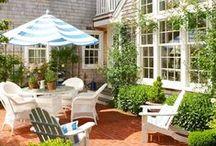 Beautiful Backyards / Create your own backyard oasis with these beautiful and inspiring outdoor retreats.
