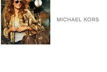 The Time is Now! // MICHAEL KORS / Eşsiz işçiliğiyle göz kamaştıran Michael Kors saatlere sitemizden ulaşabilirsiniz!  http://ow.ly/qaofB