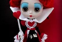 Blythe Dolls / these are so cute ! I think it's the big eyes ! Love them ! / by Frances Sanders Kierschke