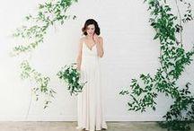 Botanical Wedding / Inspiration and wedding invites for a botanical themed wedding | greenery | Pantone colour of the year 2017