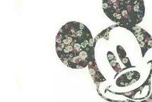 ❥D i s n e y• / Forever Young.. Never to old for a Disney Movie..