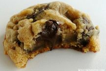 BAKES: Chocolate chips