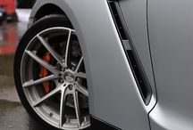 Automotive Design / The best and the brightest of impressive design from the automotive world.