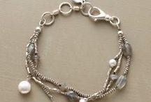 Jewels, Beads & Baubles / by Pam Jozwiak