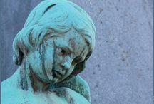 Pere Lachaise enzo / Begraafplaatsen