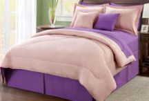 Reversible Bedding for the Undecided / Reversible bedding and bed sets are great for people who change their mind about the colors of their beds. Creating their own color masterpiece each time. Here are some great reversible blankets, bed spread, sheets, comforters, shams, pillows, and other fine bed products