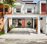 Casa Porto / Reforma que visa a amplitude e integração entre todos os ambientes do pavimento térreo e com o jardim externo. Desenho respeitoso que equilibra os novos elementos contemporâneos com a preservação dos elementos originais da casa.
