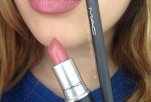(lipstick)