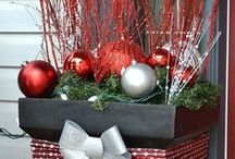 Christmas Deco Outdoors / by Sheri Nolan