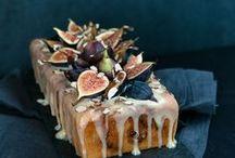 Cakes / by Jolie Barrios