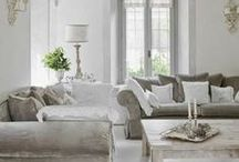 Living Rooms / Texture, neutrals & light