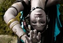 Bellydancing, veils and Saris