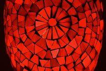 Rosso Relativo / Tutto il rosso attorno a te