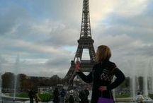 Jolie Carton in den Metropolen dieser Welt / Unser vin prêt-à-porter begeistert! So ist der Wein im Handtaschenformat ein toller Reisebegleiter ...