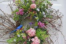 Wreaths/Flowers / by Patricia Ritterson