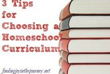 Homeschool Curriculum Choices / Looking for homeschool curriculum? Find the best homeschool reviews, tips for choosing a homeschool curriculum, and top curriculum picks from homeschool bloggers.