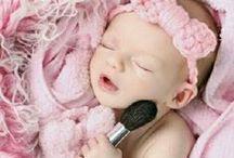 newborn photos / by nuncasintacones