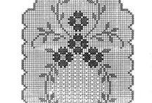 Crochet filet runner