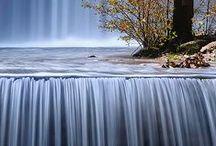 Falling water /Waves