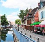 Amiens / Photographies et bonnes adresses à Amiens, en Picardie. (Beffroi, centre-ville, marché de Noël, Saint-Leu...)