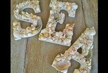 DIY: Conchas, piedras y otros elementos naturales / Conchas, piedras, caracolas, pequeñas ramitas de los árboles (de los que encuentras por el suelo), hojas secas...