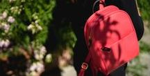 Leather Backpack: The Benchpack / The latest addition to our Benchbags collection. Handcrafted in supple calfskin-functional, light and elegant. This trendy backpack can also be carried on a single shoulder.