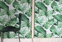 Behang inspiratie / Je interieur zegt iets over jezelf. Over je smaak, je karakter, de sfeer die je fijn vindt.. In de winkel geven we advies op maat en maken we je enthousiast door mooie en verrassende combinaties. Kies niet altijd voor veilig, maar durf eens eens te kiezen voor een opvallend behangetje. www.decohomevanrossum.nl