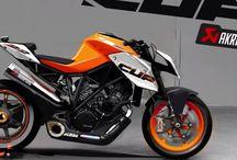 Motorbikes / Motorbikes & gear