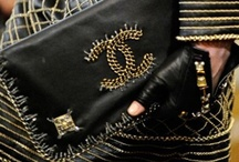 AWESOME Purses / by Nancy Carver