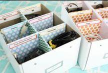 cesti, cestini e contenitori / cesti e contenitori realizzati in vari materiali
