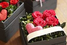 Flowers&Bouquets / Flowers help spread happiness and joy wherever they are displayed.